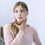 Боль в горле - симптом вирусного бронхита