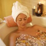 Горячая ванна при приступе астмы